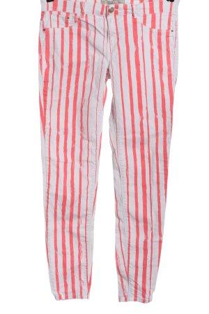 Zara Röhrenjeans weiß-pink Streifenmuster Casual-Look