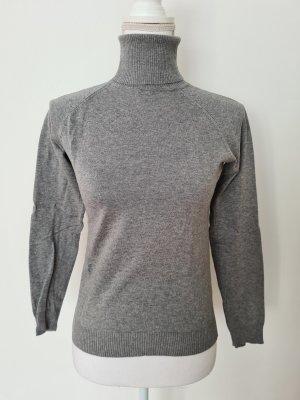 Zara Rollkragenpullover Pullover in grau Gr. M