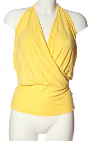 Zara Backless Top primrose casual look