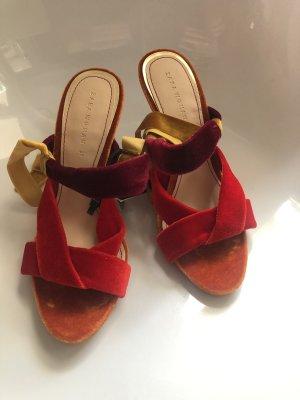 Zara Samt Sandale