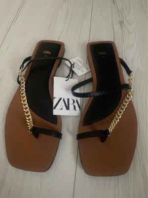 Zara Entre-doig à talon haut noir