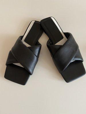 Zara Sandalias cómodas negro