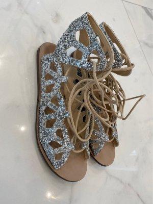 Zara Woman Sandalo romano argento