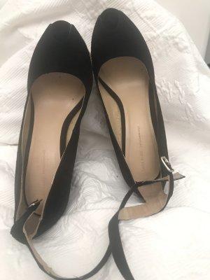 Zara Sandalen mit Keilabsatz