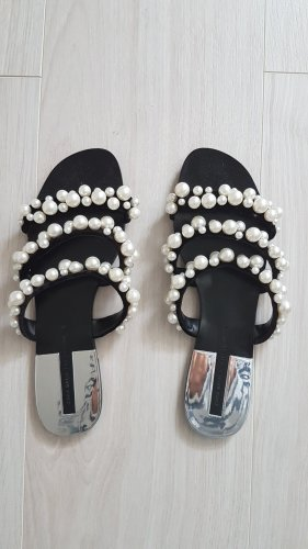 ZARA Sandalette mit Perlen
