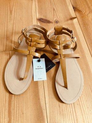 Zara Trafaluc Toe-Post sandals camel