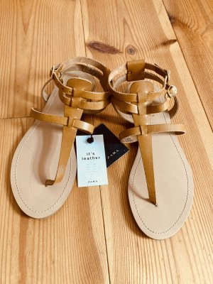 ZARA Sandaletten aus Leder neu