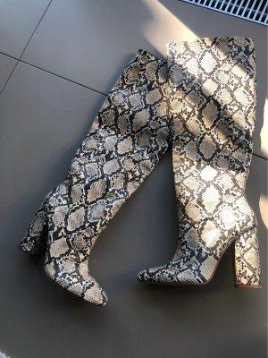 Zara Schlangenprint Stiefel