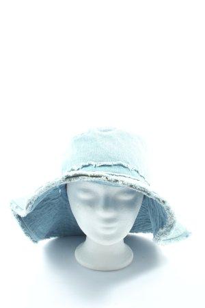 Zara Pamela azul-blanco look casual