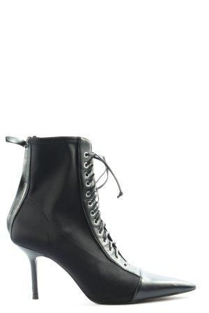 Zara Botas con cordones negro look casual