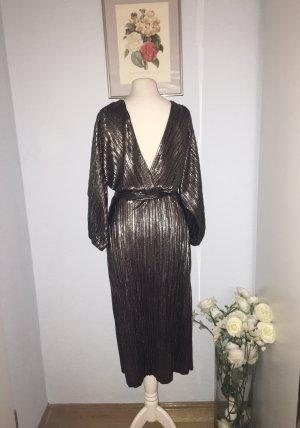 Zara schönes funkelndes dunkles silbernes Kleid