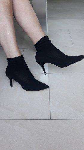 Zara Slouch Booties black