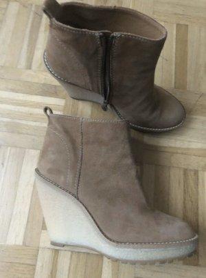 Zara Schuhe Boots mit Keilabsatz