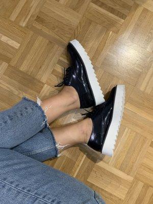 Zara Zapatos Budapest azul oscuro