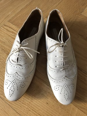 ZARA Schuhe Größe 40 in beige