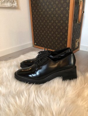 Zara Wingtip Shoes black