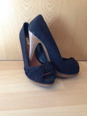 ZARA Schuhe in schwarz