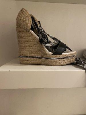 Zara Schuhe mit Keilabsatz