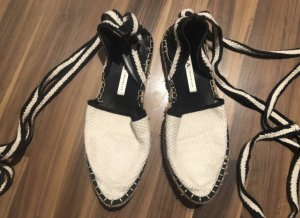 Zara Schuhe zum Binden