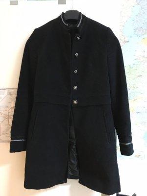 Zara schwarze Kurzmantel, Herbstmantel