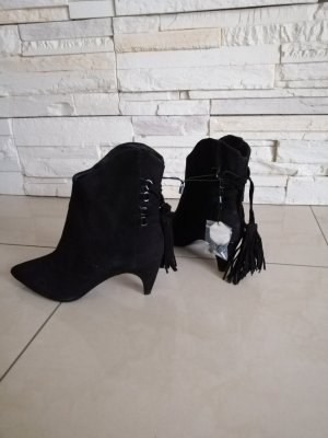 Zara, schwarze Stiefeletten Neu