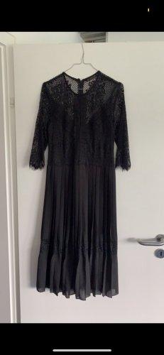 Zara - schwarzes Abendkleid mit Spitze