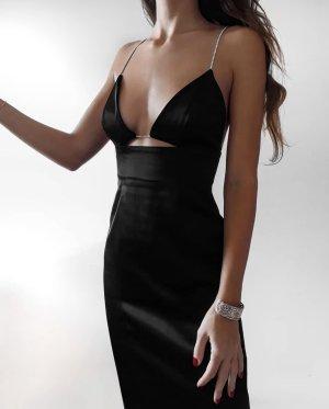 Zara schwarzes Kleid in Satinoptik mit Schmuckträgern in L