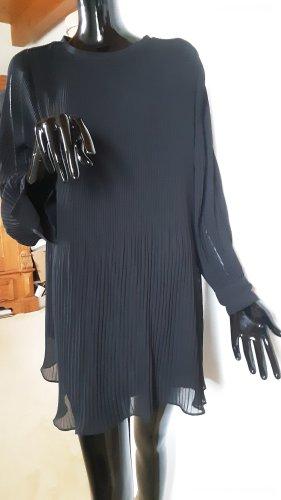 Zara,  schwarzes kurzes weites Plissee Kleid, Gr. S
