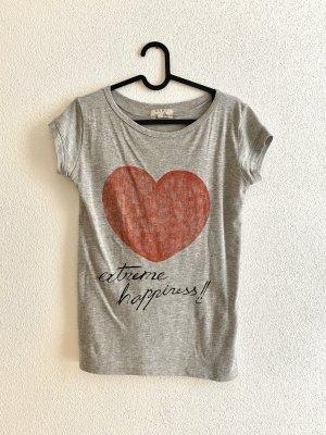 ZARA Shirt mit Aufdruck Happiness und Herz
