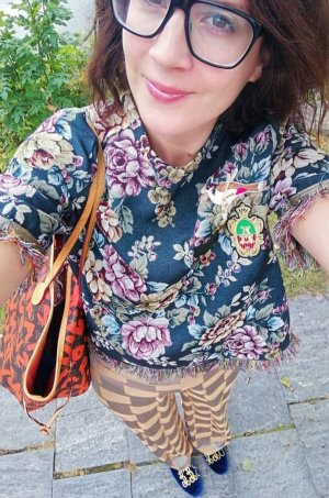 Zara Shirt Oberteil Fransen Brokat Jacquard