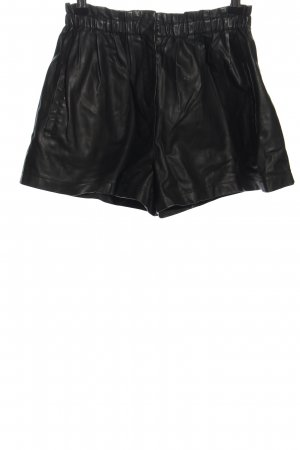 Zara Shorts schwarz Glanz-Optik