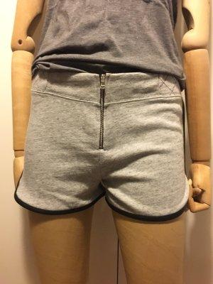 Zara Shorts für warme Sommertage