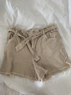 Zara Shorts Gr. 42
