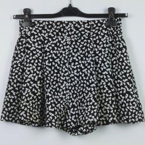 Zara Shorts Gr. M schwarz weiß Herzmuster (19/05/200)