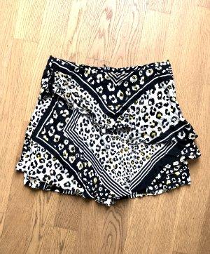 Zara Shorts XS 34 Leo Schwarz Weiß
