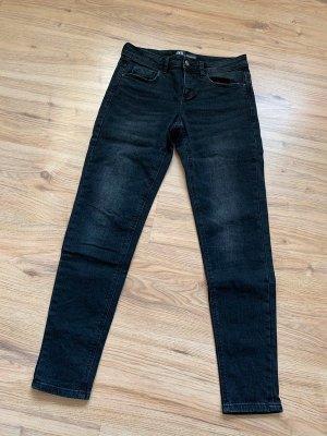 Zara Skinny Jeans Hose in schwarz