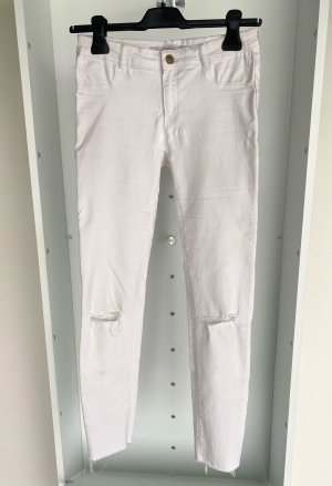 Zara - Skinny Jeans mit Cutouts an den Knien
