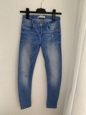 ZARA Skinny Jeans Ripped (36)