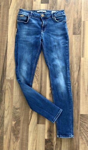 Zara Slim Fit Jeans 38