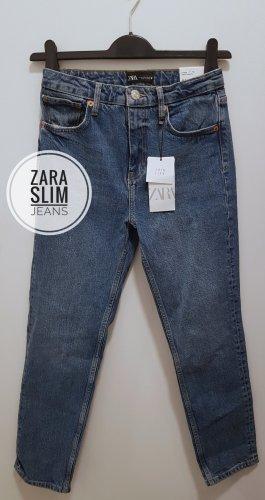 Zara Slim Fit Jeans mit hohem Bund  Neu