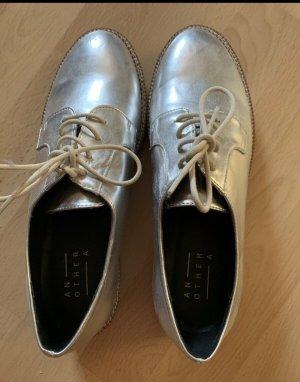 Zara Zapatos brogue color plata