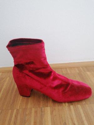 Zara Accesoires Low boot rouge foncé