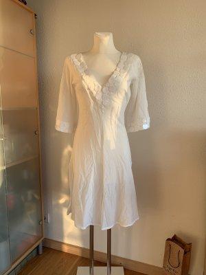 Zara Sommerkleid mit tiefem V-Ausschnitt und Pailletten neu