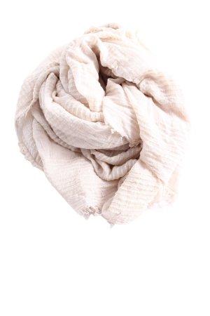 Zara Chal veraniego blanco look casual