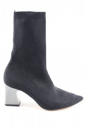 Zara Spitz-Pumps blau extravaganter Stil