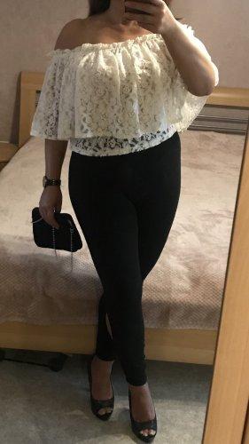 Zara Spitzenshirt Offshoulder in creme L