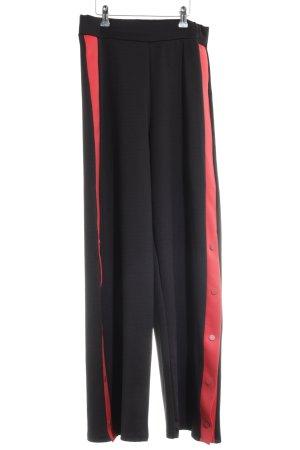 Zara Sporthose schwarz-rot Streifenmuster sportlicher Stil