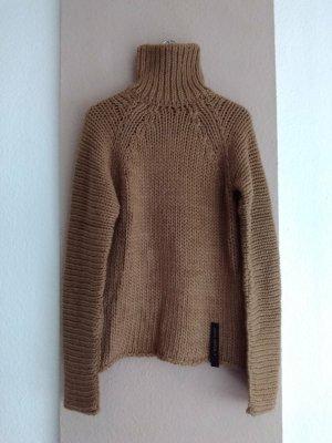 Zara SRLPS hübscher Rollkragenpullover in hellbraun aus 50%Wolle , Grösse S oversize, neu