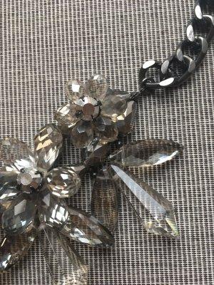 Zara Accesoires Collier incrusté de pierres argenté-gris clair
