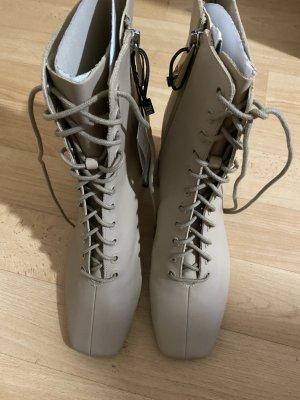 Zara Stiefel aus Leder